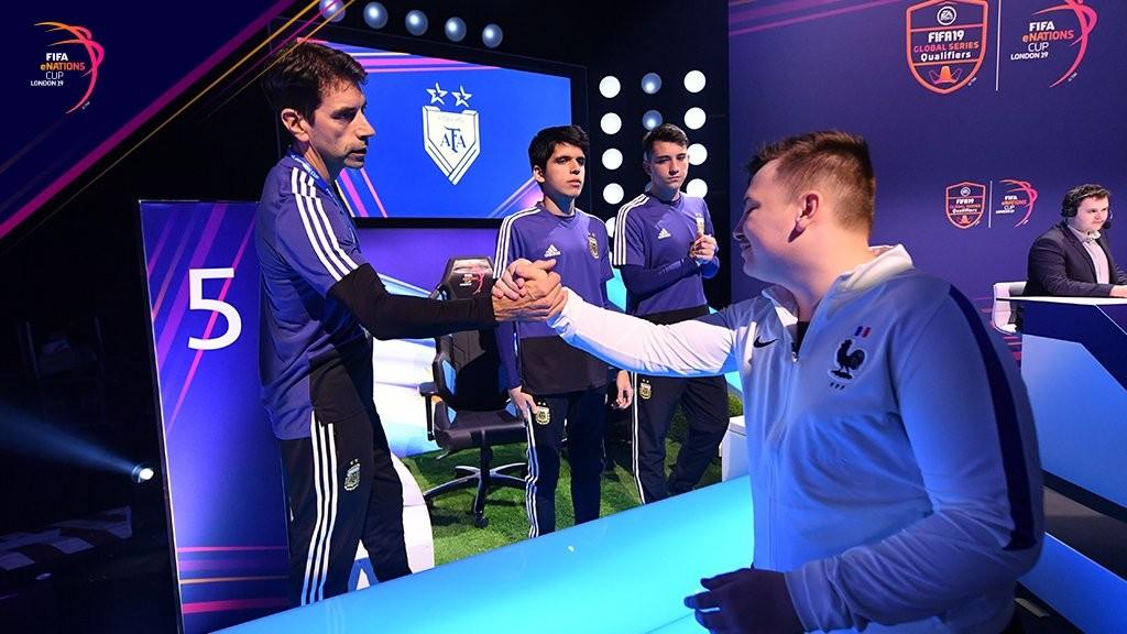 Argentina perdió ante Francia la final del primer mundial eSports de FIFA